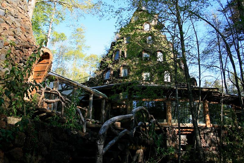 1322484233_magic-mountain-hotel-15